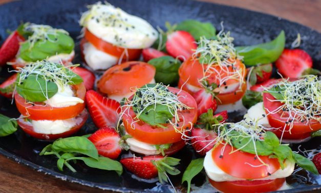 Caprese Salad with Strawberries