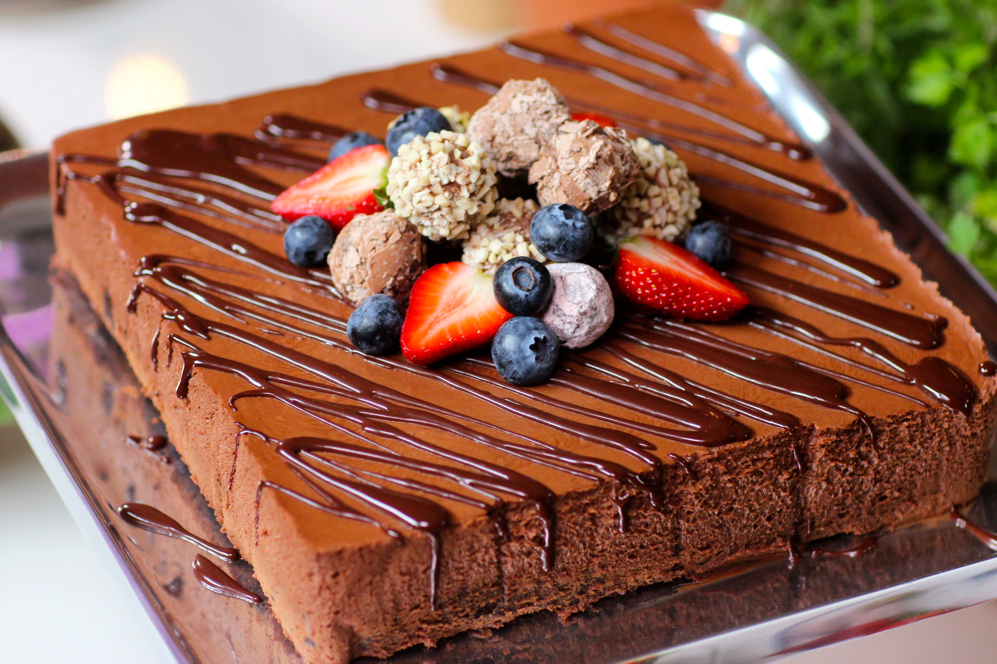 Chocolate Mousse and Brownie Cake