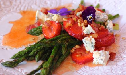Strawberry, Asparagus & Bacon Salad
