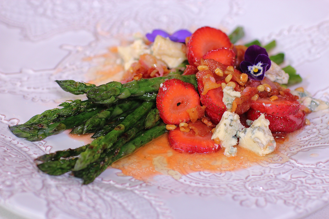Strawberry Asparagus Blue Cheese Bacon Salad