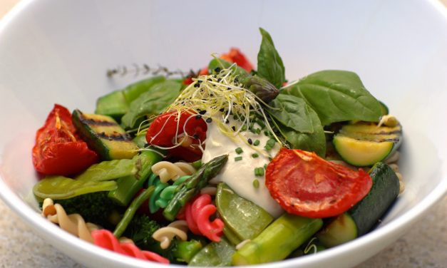 Pasta & Vegetable Salad with Vegan Mayonnaise